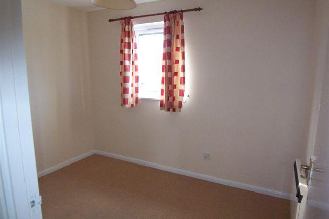 Thumbnail Flat to rent in Spearmint Close, Walnut Tree, Milton Keynes