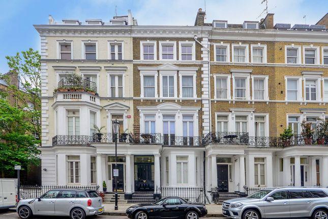Flat for sale in Collingham Place, South Kensington, London