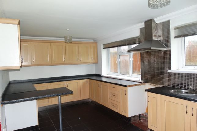 Thumbnail Semi-detached house to rent in Clwyd Road, Penlan, Swansea