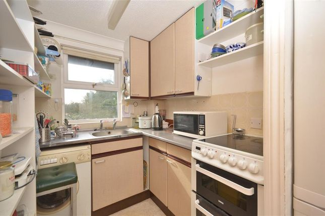 Thumbnail Flat for sale in Queen Street, Arundel, West Sussex