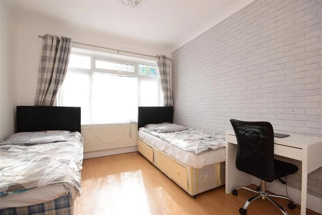 Bedroom 4 of Ellesmere Close, London E11
