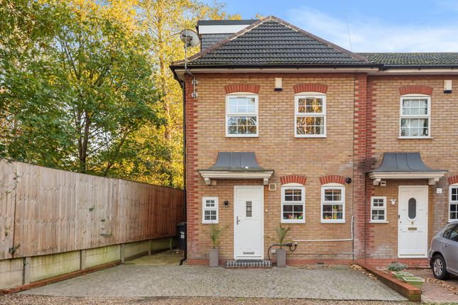 4 bed end terrace house for sale in Farley Mews, London SE6