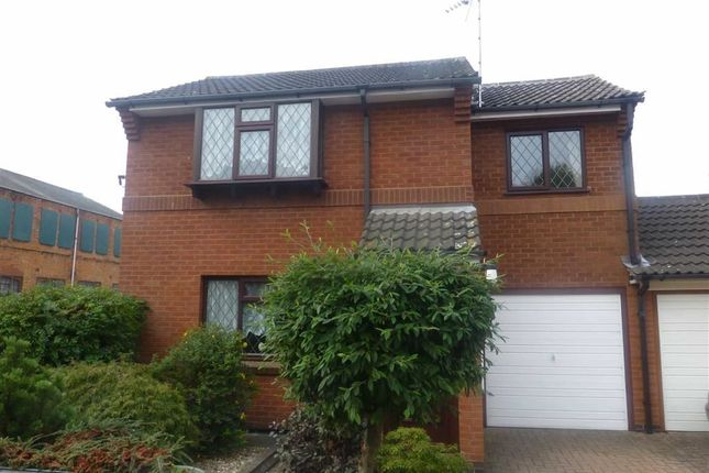 2 bed link-detached house to rent in Wood Street Close, Hinckley