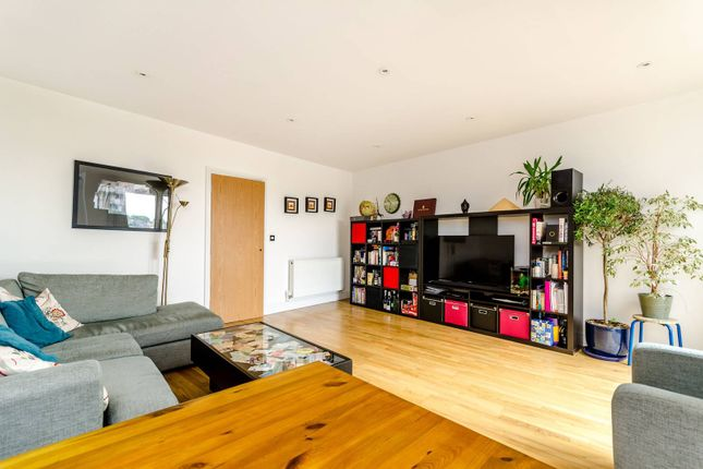 Thumbnail Flat for sale in Knights Hill, West Norwood