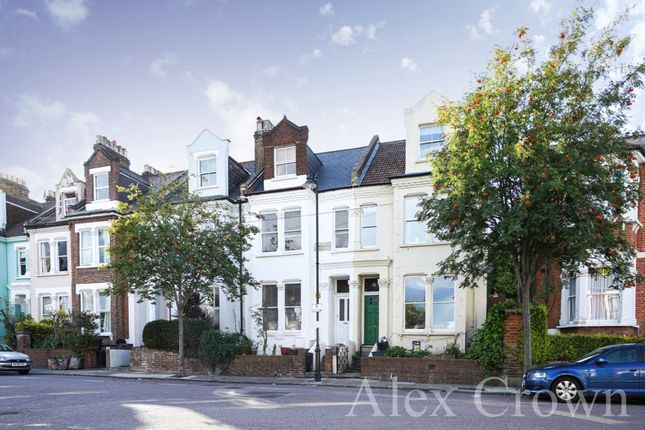 6 bed terraced house to rent in Parolles Road, London N19