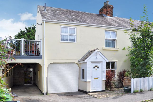 Thumbnail Flat for sale in Jubilee Road, Newbury