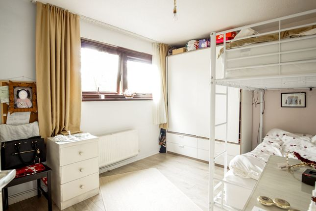 Bedroom of Sturmer Way, Holloway N7