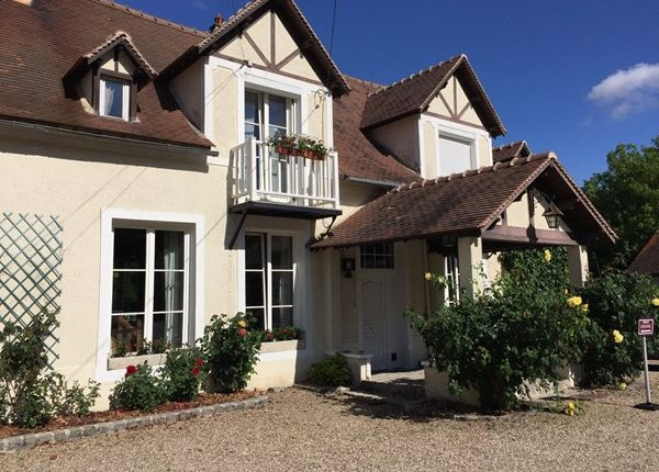13 bed property for sale in 95420, Magny En Vexin, Fr