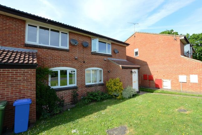 1 bed maisonette to rent in Wargrove Drive, College Town, Sandhurst