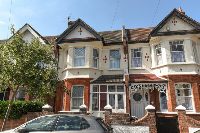Thumbnail Terraced house for sale in Penwortham Road, London