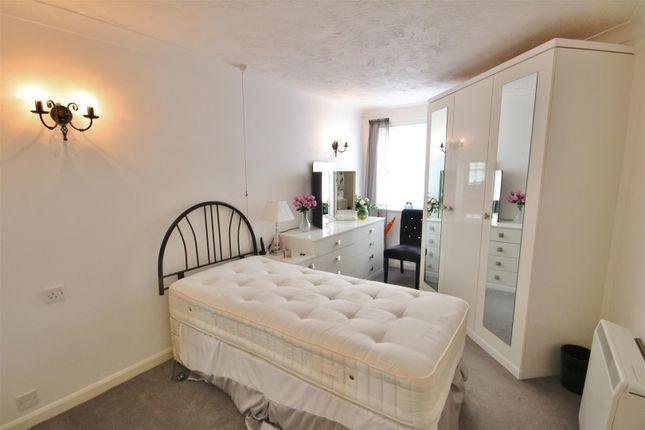 Master Bedroom of Connaught Avenue, Frinton-On-Sea CO13