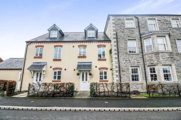 Thumbnail Terraced house to rent in Stryd Y Wennol, Ruthin