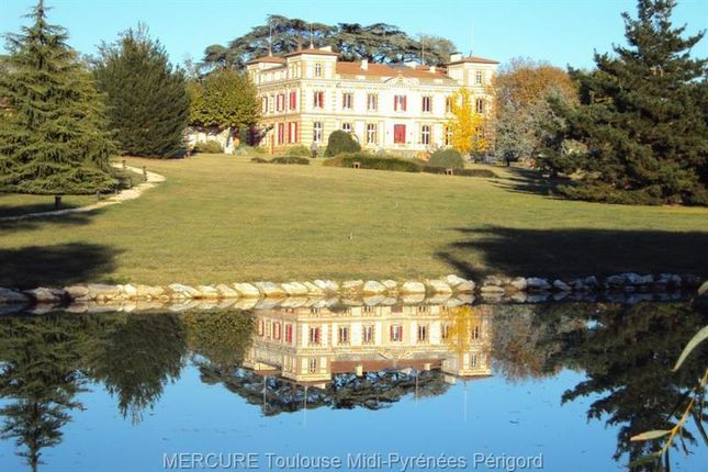 Thumbnail Hotel/guest house for sale in Toulouse, Midi-Pyrennees, France