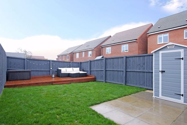 Garden of Honeydew Way, Mosborough, Sheffield S20