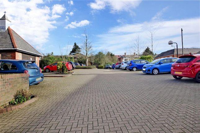 Driveway/Parking of Eastfield Road, Brentwood, Essex CM14