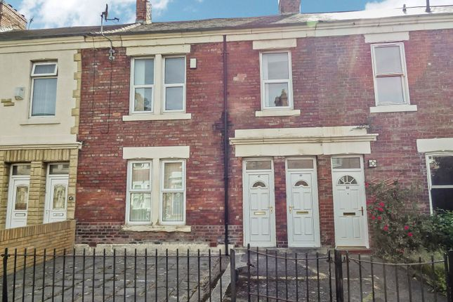 Thumbnail Flat for sale in Sixth Avenue, Heaton, Newcastle Upon Tyne