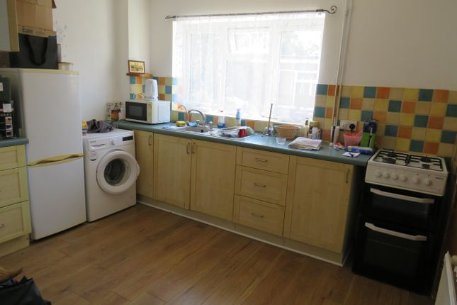 Kitchen of Upper Gladstone Road, Chesham HP5