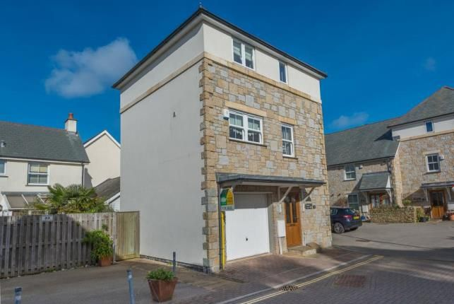 Thumbnail Link-detached house for sale in Hayle, Cornwall