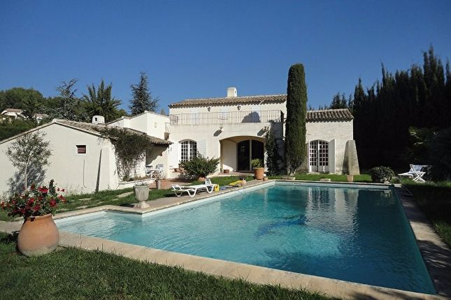 4 bed property for sale in Sanary Sur Mer, Var, France