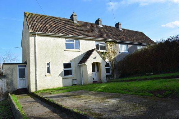 Thumbnail Semi-detached house for sale in Penforth, Camborne