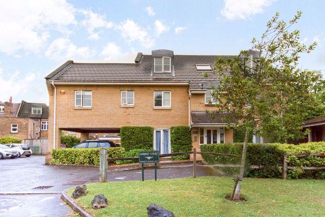 Thumbnail Flat to rent in Fulmar Close, Berrylands, Surbiton