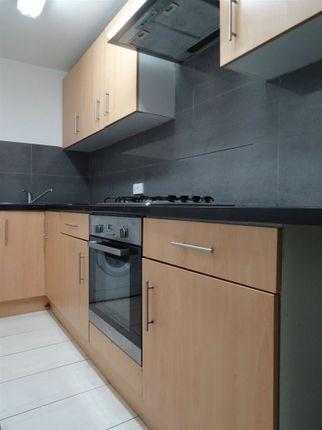 Thumbnail Flat to rent in Aug 2017 Westgate Road, City Centre, 75 Pp Pw