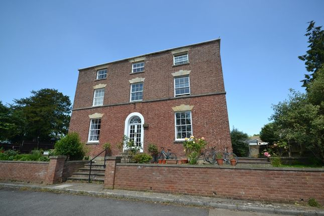 Thumbnail Flat to rent in Ebley, Stroud