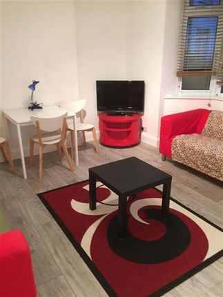 Thumbnail Maisonette for sale in Nether Close, London