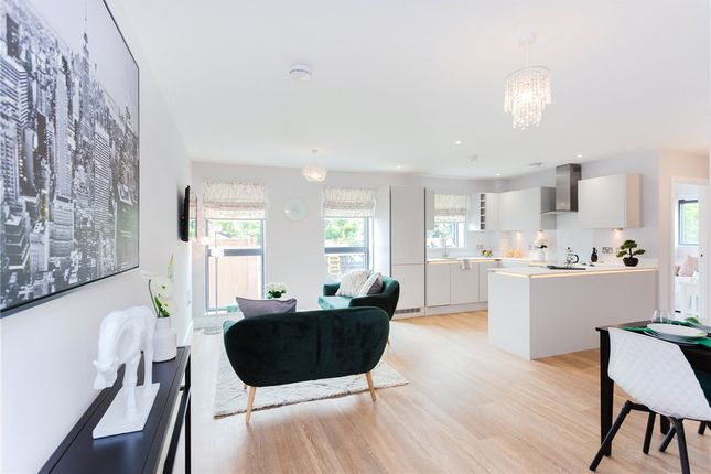 Thumbnail Flat for sale in Park Reach, St. Marys Road, Newbury, Berkshire