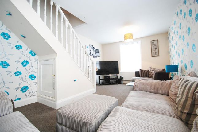 Thumbnail Maisonette for sale in Flat 9, 42 South Parade, Skegness
