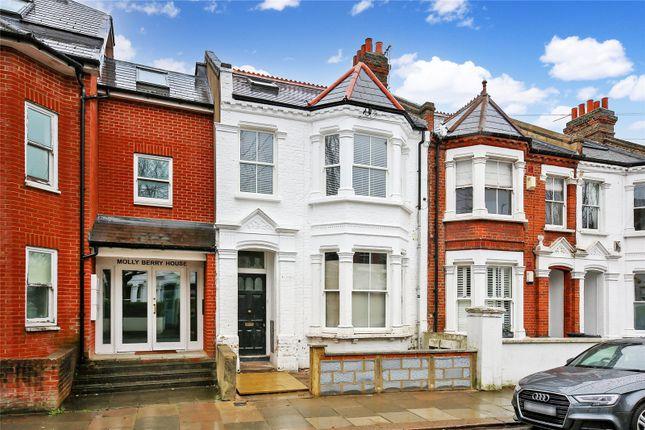 Thumbnail Flat to rent in Rudloe Road, London