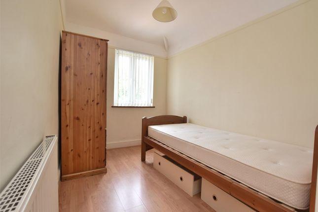 Property Image 5 of Garsington Road, Cowley, Oxford OX4