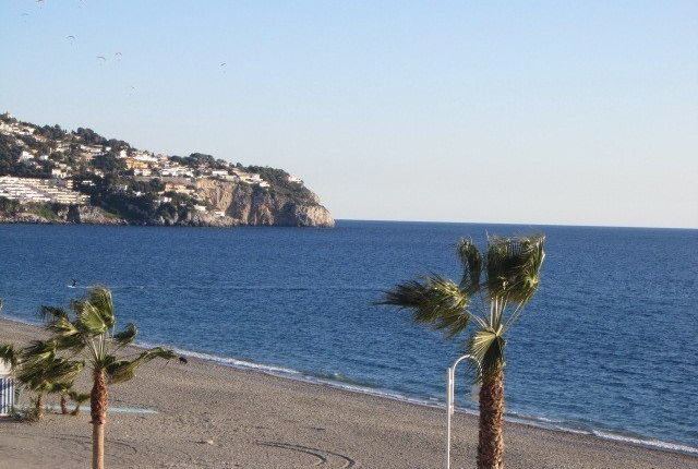 2 bed apartment for sale in La Herradura, Granada, Spain