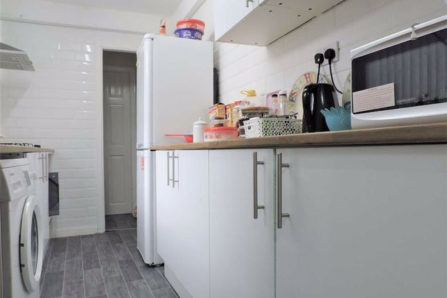 Kitchen of Hemmons Road, Longsight, Manchester M12