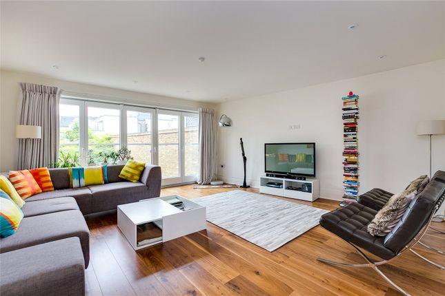 Thumbnail Terraced house for sale in Aspen Villas, 1A Gayford Road, London