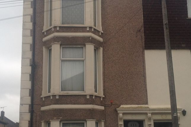 Thumbnail Flat to rent in Alma Road, Sheerness