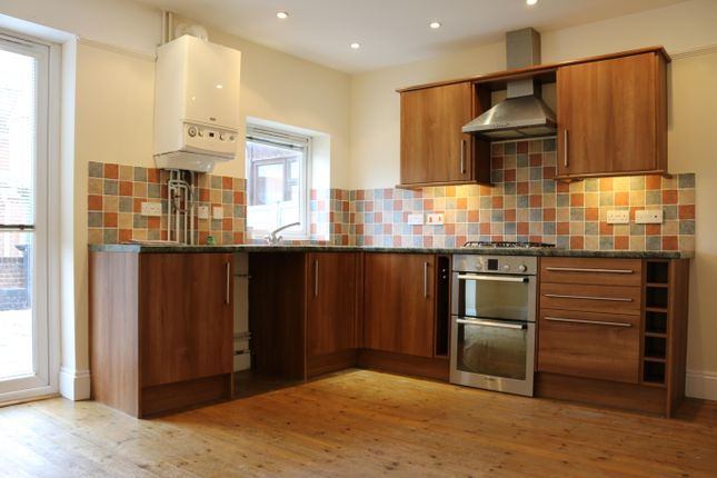 Thumbnail Terraced house to rent in York Road, Salisbury