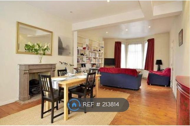 3 bed terraced house to rent in Dawes Road, London