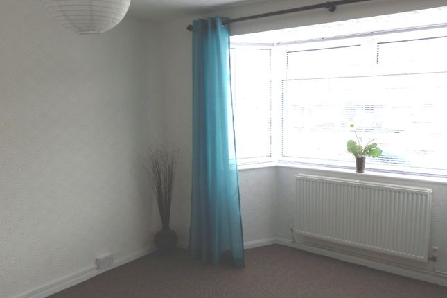 Lounge 2 of Totshill Drive, Whitchurch Park, Bristol BS13