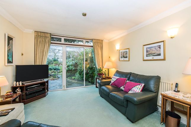 Living Room of Redfern Avenue, Whitton, Hounslow TW4