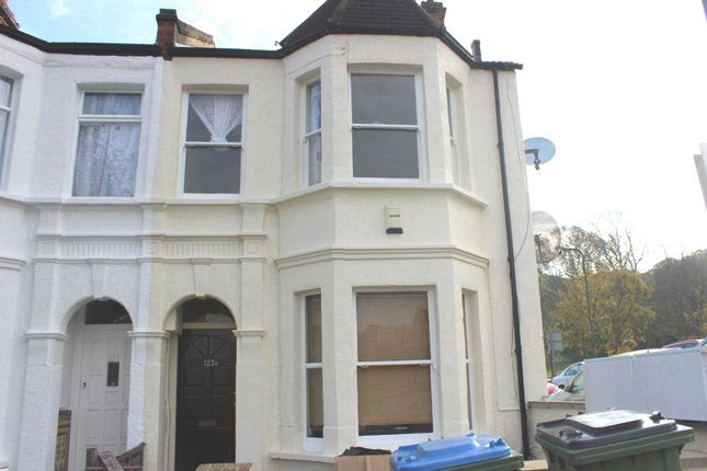 Thumbnail Flat to rent in Plum Lane, London