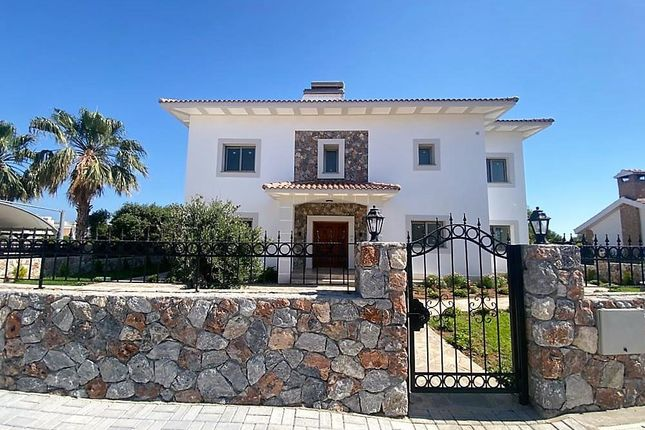 Thumbnail Villa for sale in Damla Sokak, West Of Kyrenia