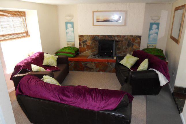 Lounge of Chapel Lane, Penryn TR10
