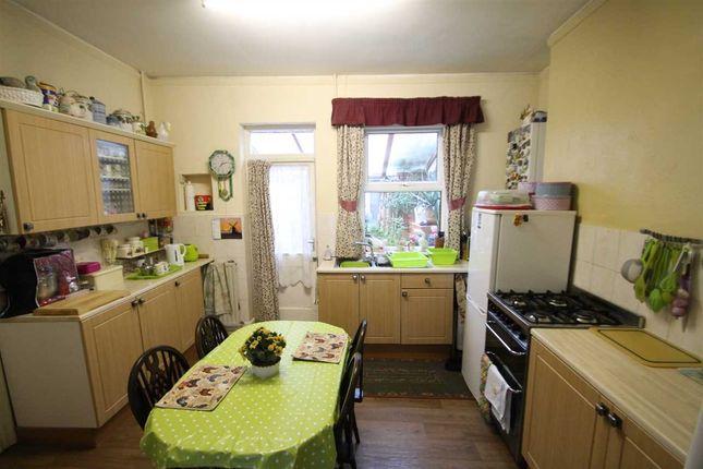 Kitchen of Manning Road, Felixstowe IP11
