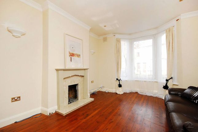 Thumbnail Property to rent in Gloucester Road, Acton