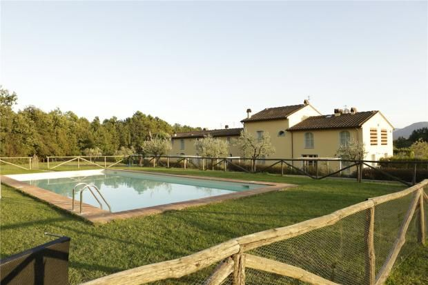 Picture No. 01 of Residence Le Mandolate, San Martino In Vignale, Lucca, Tuscany