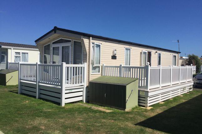 2 bed mobile/park home for sale in Eastbourne Road, Pevensey Bay