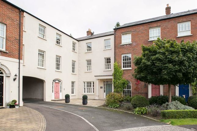 Thumbnail Town house for sale in 7, Park Lane Gate, Hillsborough