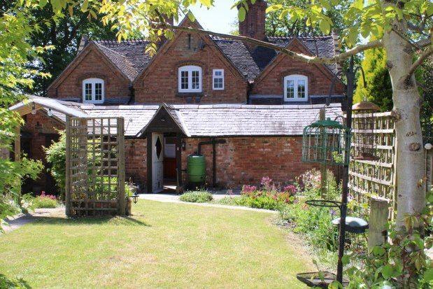 Thumbnail Terraced house to rent in Clopton, Stratford-Upon-Avon