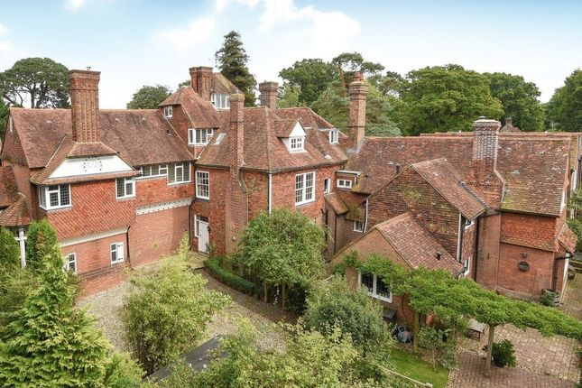 Thumbnail Town house for sale in Attached Period House, Cranbrook, Kent